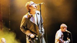 Undercoversessie: Oasis • Roepaen Podium