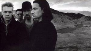 U2 Undercover Roepaen