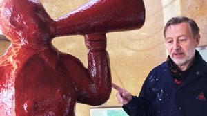 Marco Jurien en zijn Rode man in het Museum van Alle Tijden