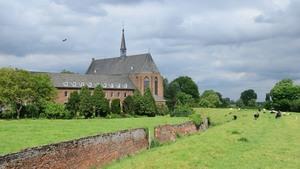 Klooster oostzijdejpg