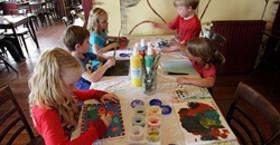 Pannenkoekenhuis 'De 7 Dwergen' arrangement: Sprookjes schilderen