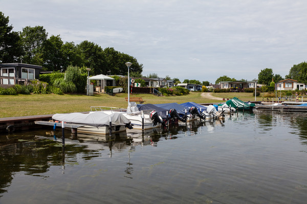 Watersport Camping 't Loo / Jachthaven 't Loo