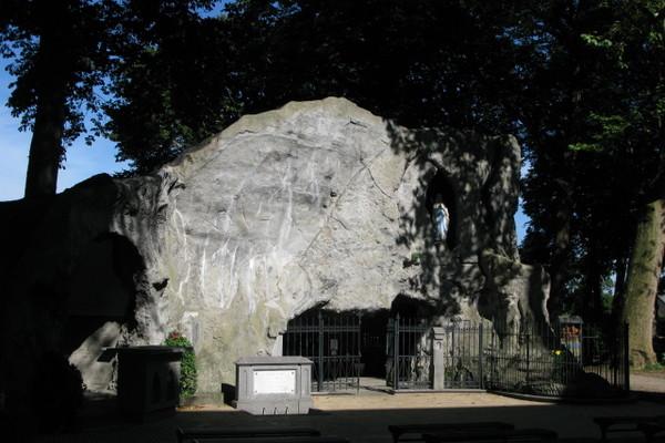 Mariagrot bij de H.Martinuskerk